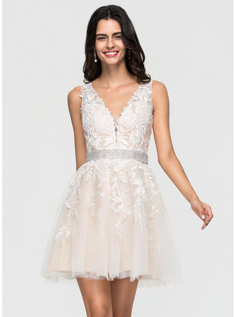 A-Line V-neck Short/Mini Tulle Prom Dresses With Lace Beading