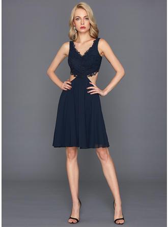 A-Line/Princess Chiffon Cocktail Dresses V-neck Sleeveless Knee-Length
