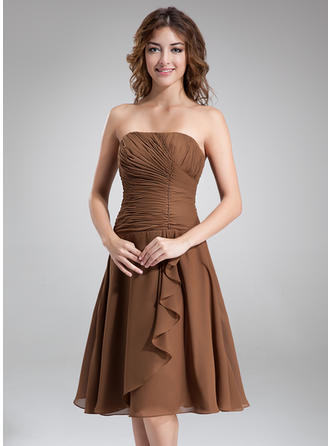 Chiffon Sleeveless A-Line/Princess Bridesmaid Dresses Strapless Beading Cascading Ruffles Knee-Length