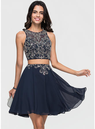 A-Line Scoop Neck Short/Mini Chiffon Prom Dresses With Beading