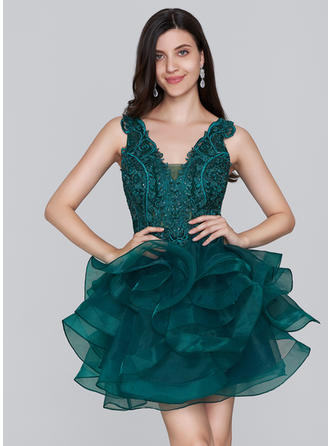 A-Line/Princess V-neck Short/Mini Organza Homecoming Dresses With Sequins