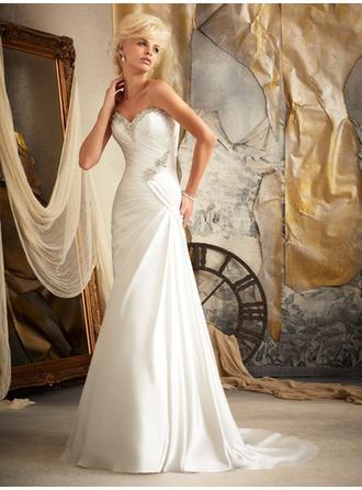 Sheath/Column Sweetheart Sweep Train Wedding Dresses With Ruffle Beading
