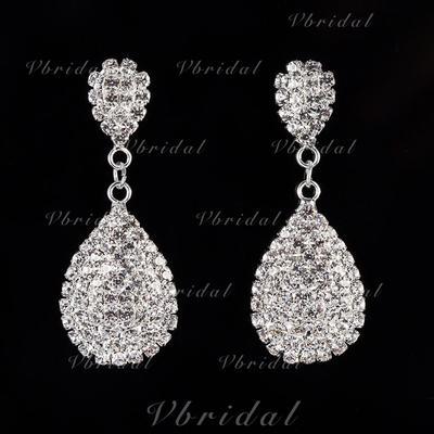 Earrings Alloy/Rhinestones Pierced Ladies' Shining Wedding & Party Jewelry (011168072)