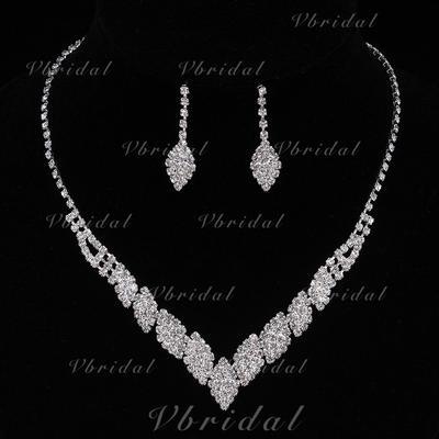 Jewelry Sets Alloy/Rhinestones Lobster Clasp Pierced Ladies' Wedding & Party Jewelry (011167161)