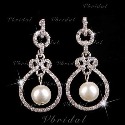 Earrings Alloy/Rhinestones Pierced Ladies' Beautiful Wedding & Party Jewelry (011167290)
