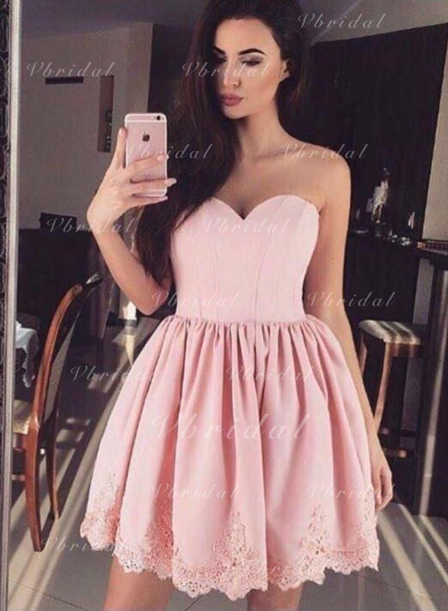 66351836487d00 A-Line/Princess Satin Cocktail Dresses Lace Sweetheart Sleeveless Short/Mini  (016217722)