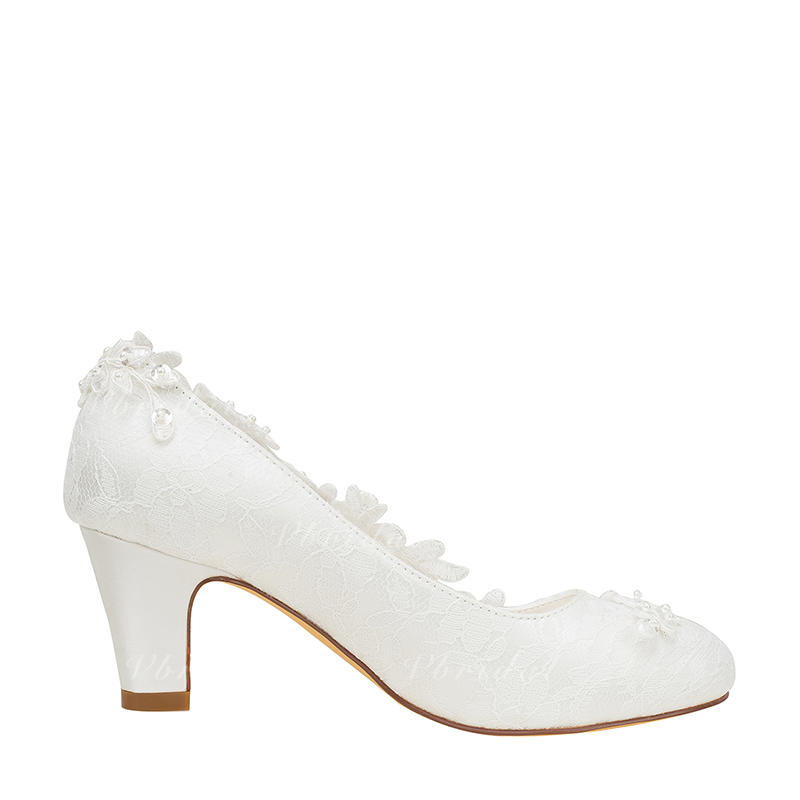 4a888f0a36a Women s Pumps Chunky Heel Silk Like Satin With Stitching Lace Flower Crystal  Pearl Wedding Shoes (047209284)