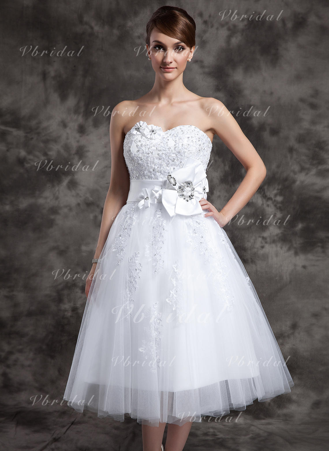 421b162d1fe7 A-Line/Princess Sweetheart Tea-Length Tulle Wedding Dress With Lace Beading  Flower(s) (002024082)