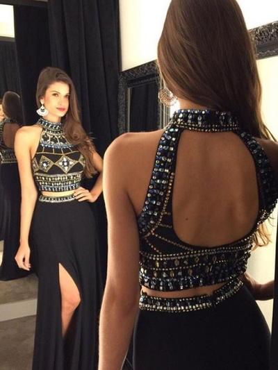 Chiffon Sleeveless A-Line/Princess Prom Dresses Halter Beading Floor-Length (018210256)