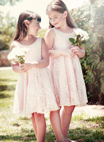 Luxurious Knee-length A-Line/Princess Flower Girl Dresses Scoop Neck Lace Sleeveless (010146756)