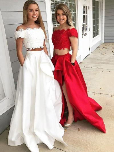 Sleeveless A-Line/Princess Prom Dresses Off-the-Shoulder Lace Sweep Train (018211009)