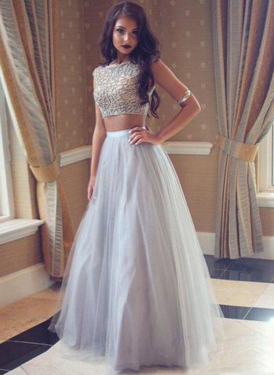 Tulle Sleeveless A-Line/Princess Prom Dresses Scoop Neck Beading Floor-Length (018210232)