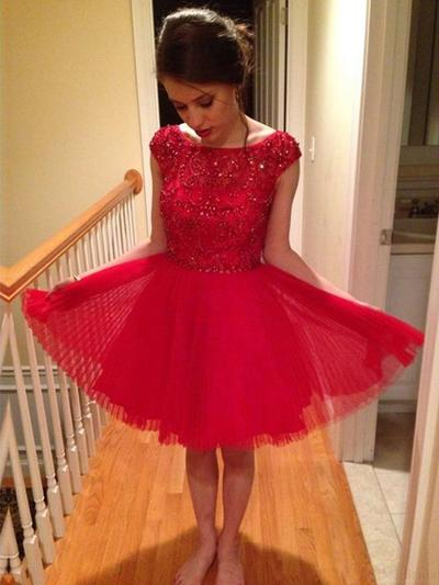 A-Line/Princess Scoop Neck Tulle Short Sleeves Knee-Length Beading Sequins Cocktail Dresses (016145305)