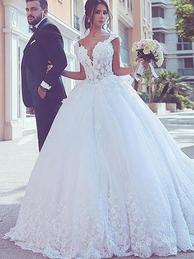 Glamorous Sweep Train Ball-Gown Wedding Dresses V-neck Tulle Sleeveless (002217897)