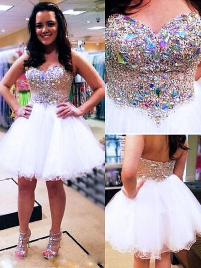A-Line/Princess Sweetheart Tulle Sleeveless Knee-Length Beading Homecoming Dresses (022212325)