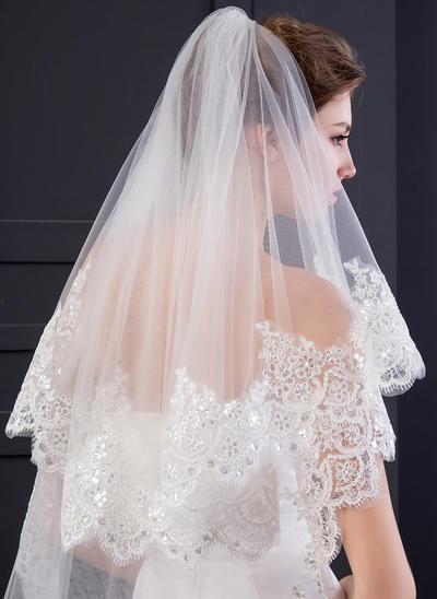 Chapel Bridal Veils Two-tier Drop Veil With Lace Applique Edge With Lace Wedding Veils (006152535)