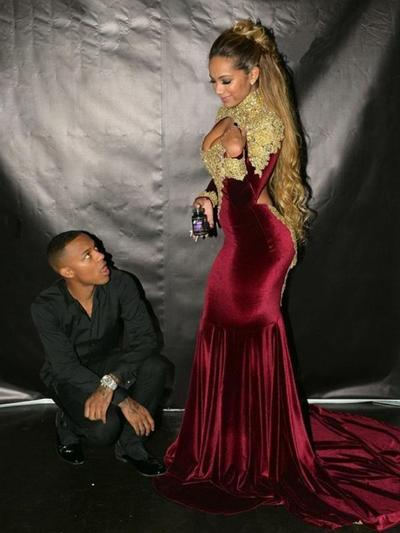Velvet Long Sleeves Trumpet/Mermaid Prom Dresses High Neck Ruffle Appliques Lace Court Train (018218087)