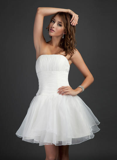 A-Line/Princess Strapless Organza Sleeveless Short/Mini Ruffle Cocktail Dresses (016211067)