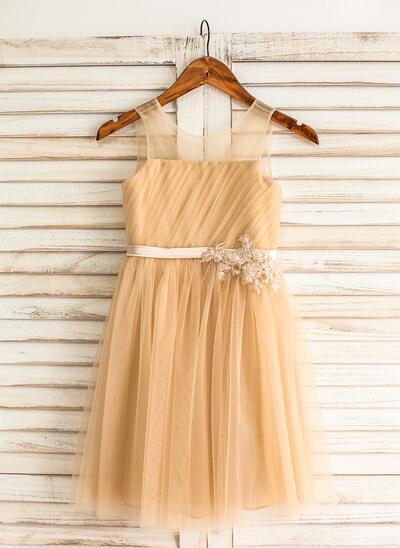 Gorgeous Knee-length A-Line/Princess Flower Girl Dresses Scoop Neck Tulle Sleeveless (010210150)