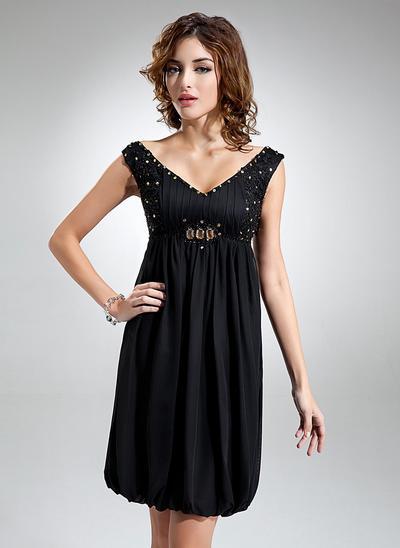 Empire V-neck Chiffon Sleeveless Knee-Length Ruffle Beading Homecoming Dresses (022212947)