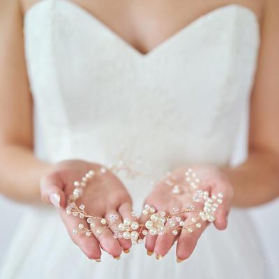 Headbands Wedding/Special Occasion Rhinestone/Alloy Elegant Ladies Headpieces (042158640)