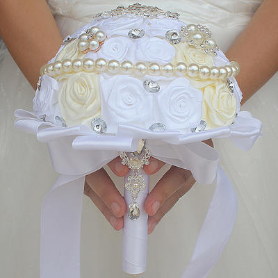 """Bridal Bouquets/Bridesmaid Bouquets Round Wedding/Party Satin 6.69""""(Approx.17cm) Wedding Flowers (123190402)"""