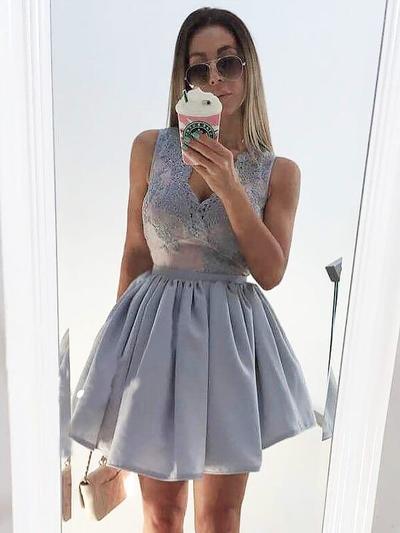 A-Line/Princess V-neck Satin Sleeveless Short/Mini Appliques Lace Cocktail Dresses (016212700)