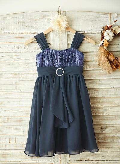 Stunning Knee-length A-Line/Princess Flower Girl Dresses Straps Chiffon/Sequined Sleeveless (010210155)