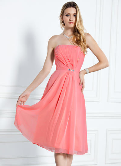 Chiffon Sleeveless A-Line/Princess Bridesmaid Dresses Strapless Ruffle Beading Knee-Length (007000916)