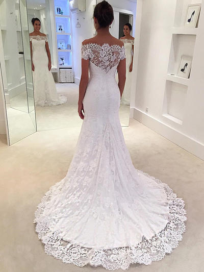 Delicate Court Train Trumpet/Mermaid Wedding Dresses Off-The-Shoulder Lace Sleeveless (002144902)