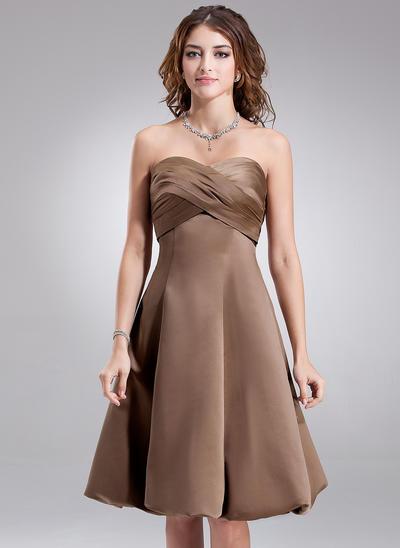Satin Sleeveless Empire Bridesmaid Dresses Sweetheart Ruffle Knee-Length (007001880)