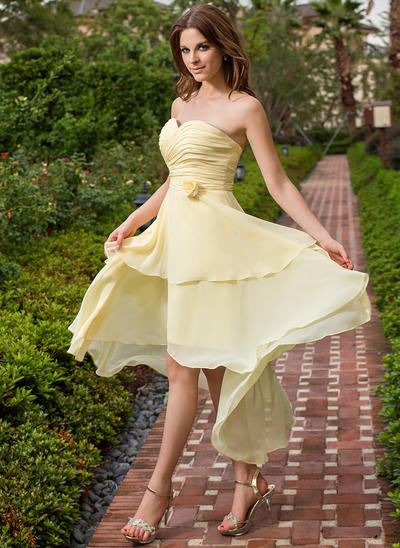 Chiffon Sleeveless A-Line/Princess Bridesmaid Dresses Sweetheart Ruffle Flower(s) Asymmetrical (007198102)