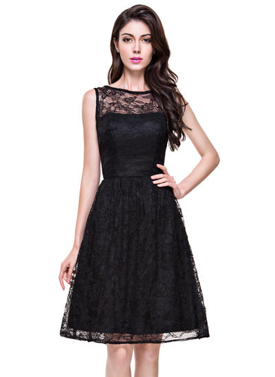 Lace Sleeveless A-Line/Princess Bridesmaid Dresses Scoop Neck Knee-Length (007199042)