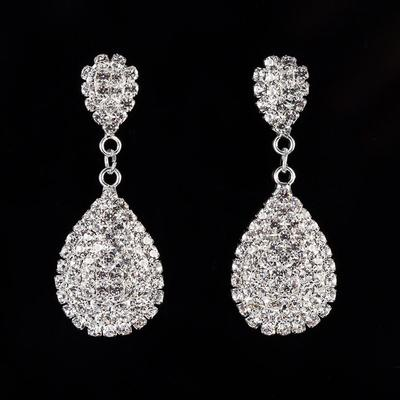 Earrings Alloy/Rhinestones Pierced Ladies' Shining Wedding & Party Jewelry (011168072)