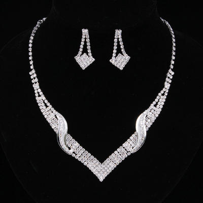 Jewelry Sets Alloy/Rhinestones Lobster Clasp Pierced Ladies' Wedding & Party Jewelry (011167170)