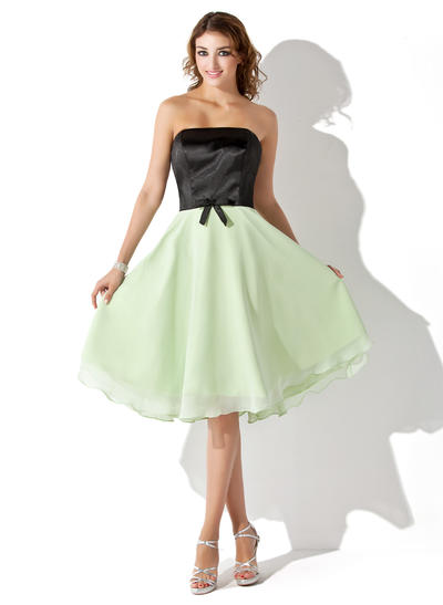 Chiffon Charmeuse Sleeveless A-Line/Princess Bridesmaid Dresses Strapless Bow(s) Knee-Length (007001074)