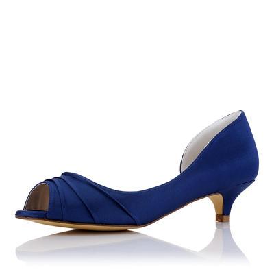 Women's Peep Toe Low Heel Silk Like Satin With Ruffles Wedding Shoes (047208667)