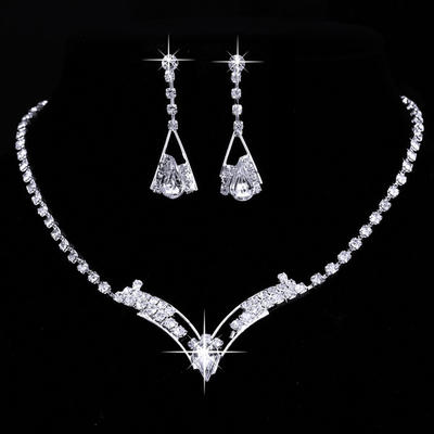 Jewelry Sets Alloy/Rhinestones Lobster Clasp Pierced Ladies' Wedding & Party Jewelry (011166690)
