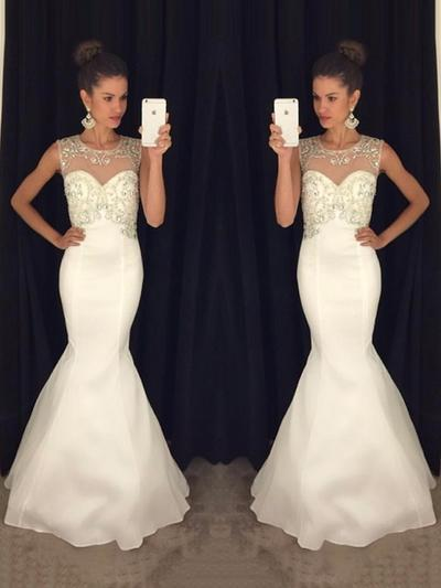 Sleeveless Trumpet/Mermaid Prom Dresses Scoop Neck Beading Sweep Train (018212218)