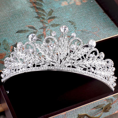 """Tiaras Wedding/Special Occasion/Party Rhinestone/Alloy/Imitation Pearls 1.97""""(Approx.5cm) 5.31""""(Approx.13.5cm) Headpieces (042157841)"""