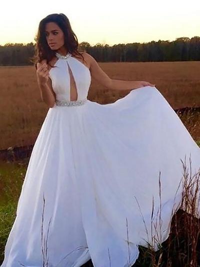 Chiffon Sleeveless A-Line/Princess Prom Dresses Halter Beading Sequins Floor-Length (018148451)
