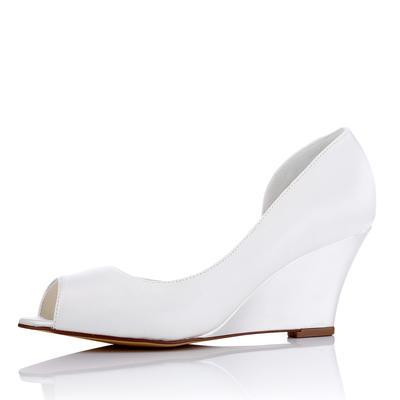 Women's Peep Toe Wedges Wedge Heel Silk Like Satin Wedding Shoes (047208664)