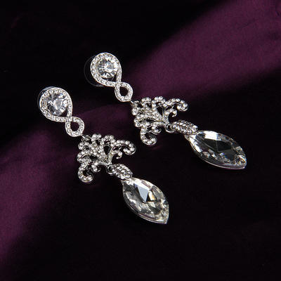 Earrings Alloy/Rhinestones Rhinestone Pierced Ladies' Wedding & Party Jewelry (011167856)