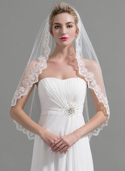 Fingertip Bridal Veils Tulle One-tier Classic/Oval With Lace Applique Edge Wedding Veils (006151951)