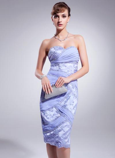 Sheath/Column Sweetheart Chiffon Lace Sleeveless Knee-Length Ruffle Beading Cocktail Dresses (016021210)