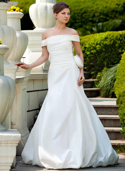 Gorgeous Court Train Trumpet/Mermaid Wedding Dresses Off-The-Shoulder Taffeta Sleeveless (002210465)