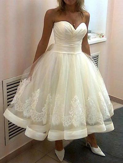 Flattering Tea-Length Ball-Gown Wedding Dresses Sweetheart Tulle Sleeveless (002144854)