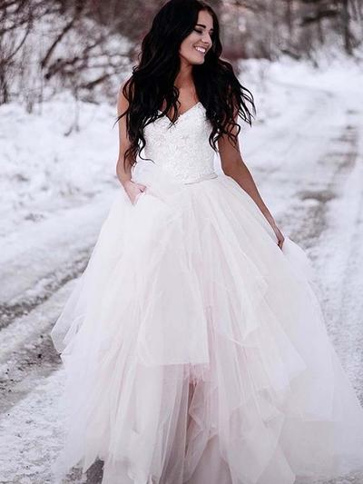 Newest Sweep Train Ball-Gown Wedding Dresses V-neck Tulle Sleeveless (002213529)