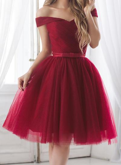 A-Line/Princess Off-the-Shoulder Short Sleeves Knee-Length Ruffle Sash Bow(s) Homecoming Dresses (022216280)