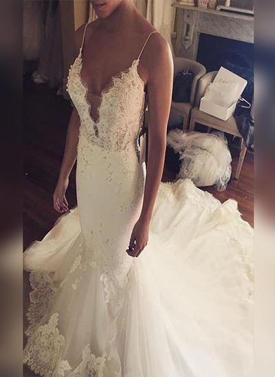 Modern Court Train Trumpet/Mermaid Wedding Dresses V-neck Tulle Sleeveless (002210869)